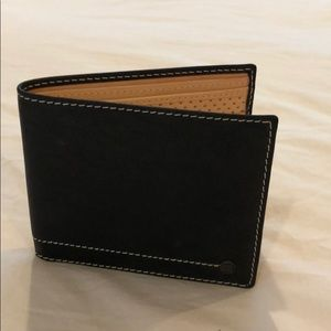 Lambertson Truex Men's Brown Leather Wallet